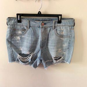 NWOT American Eagle Tomgirl Midi Shorts